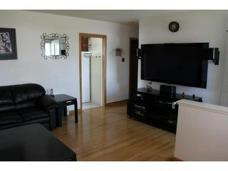 Photo 4: 524 Rosseau Avenue West in WINNIPEG: Transcona Residential for sale (North East Winnipeg)  : MLS®# 1218957