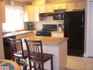"Photo 4: # 33 6887 SHEFFIELD WY in Sardis: Sardis East Vedder Rd Townhouse for sale in ""PARKSFIELD"" : MLS®# H1203764"