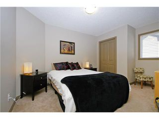Photo 13: 50 Everhollow Rise SW in CALGARY: Evergreen Residential Detached Single Family for sale (Calgary)  : MLS®# C3543856