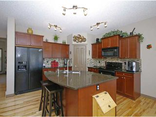 Photo 3: 50 Everhollow Rise SW in CALGARY: Evergreen Residential Detached Single Family for sale (Calgary)  : MLS®# C3543856