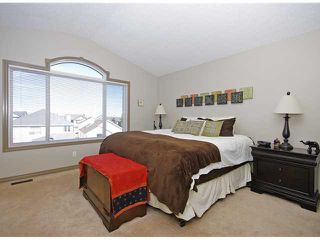Photo 10: 50 Everhollow Rise SW in CALGARY: Evergreen Residential Detached Single Family for sale (Calgary)  : MLS®# C3543856
