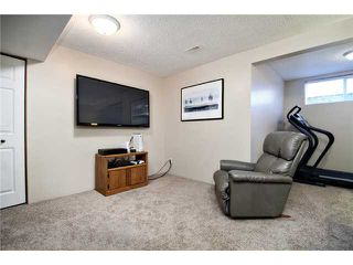 Photo 15: 16 WILLOWBROOK Bay NW: Airdrie Residential Detached Single Family for sale : MLS®# C3543970