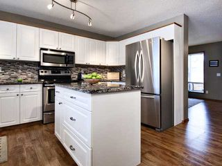 Photo 7: 16 WILLOWBROOK Bay NW: Airdrie Residential Detached Single Family for sale : MLS®# C3543970