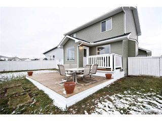 Photo 18: 16 WILLOWBROOK Bay NW: Airdrie Residential Detached Single Family for sale : MLS®# C3543970