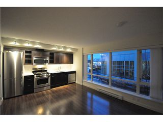 "Photo 9: 201 4888 NANAIMO Street in Vancouver: Victoria VE Condo for sale in ""2300 Kingsway"" (Vancouver East)  : MLS®# V983782"