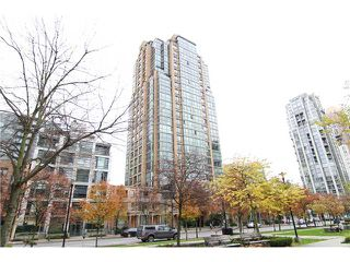 "Photo 9: 2302 1188 RICHARDS Street in Vancouver: Yaletown Condo for sale in ""PARK PLAZA"" (Vancouver West)  : MLS®# V985396"