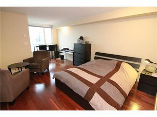 "Photo 3: 2302 1188 RICHARDS Street in Vancouver: Yaletown Condo for sale in ""PARK PLAZA"" (Vancouver West)  : MLS®# V985396"