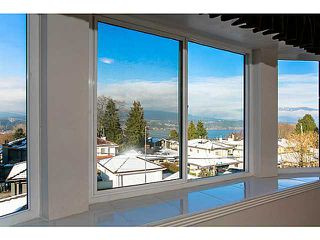 Photo 11: 4115 McGill Street in Burnaby North: Vancouver Heights House for sale : MLS®# V1049333