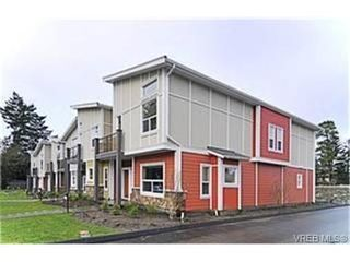 Photo 1:  in VICTORIA: La Langford Proper Row/Townhouse for sale (Langford)  : MLS®# 453474