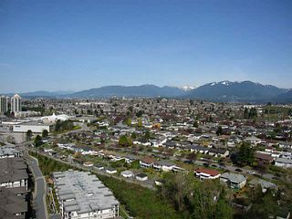 "Photo 2: PH3 4888 BRENTWOOD Drive in Burnaby: Brentwood Park Condo for sale in ""FITZGERALD"" (Burnaby North)  : MLS®# V1076480"