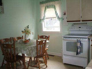 Photo 5: 261 Enfield Crescent in WINNIPEG: St Boniface Residential for sale (South East Winnipeg)  : MLS®# 1420965