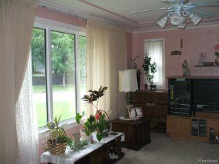 Photo 8: 261 Enfield Crescent in WINNIPEG: St Boniface Residential for sale (South East Winnipeg)  : MLS®# 1420965