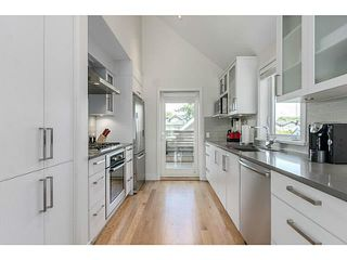 Photo 7: 339 W 15TH AV in Vancouver: Mount Pleasant VW Townhouse for sale (Vancouver West)  : MLS®# V1122110