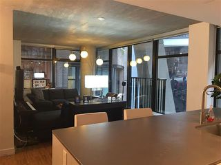 Photo 2: Vancouver West in Downtown VW: Condo for sale : MLS®# R2061739