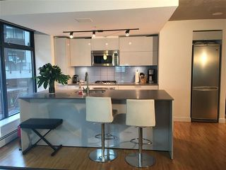 Photo 4: Vancouver West in Downtown VW: Condo for sale : MLS®# R2061739