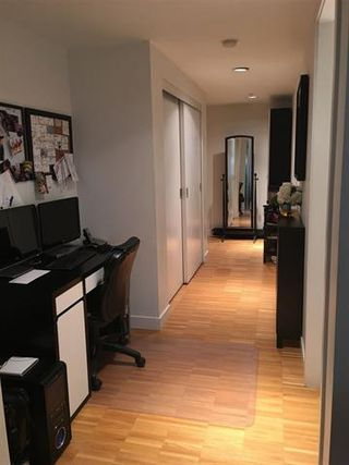 Photo 8: Vancouver West in Downtown VW: Condo for sale : MLS®# R2061739