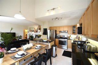 Photo 6: Coquitlam: Condo for sale : MLS®# R2077051