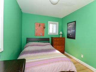 Photo 4: 18 Crewe Ave in Toronto: Woodbine-Lumsden Freehold for sale (Toronto E03)  : MLS®# E3587480