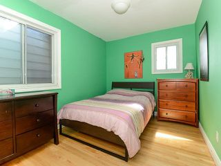 Photo 3: 18 Crewe Ave in Toronto: Woodbine-Lumsden Freehold for sale (Toronto E03)  : MLS®# E3587480