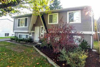 Photo 1: 26746 32A AVENUE in Langley: Aldergrove Langley House for sale : MLS®# R2118449