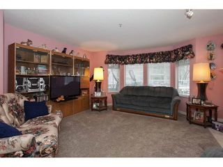 Photo 4: 106-20894 57th Ave in Langley: Condo for sale : MLS®# R2136164