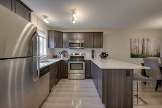 Photo 12: 732 Secord Boulevard: Edmonton House for sale : MLS®# E4128935