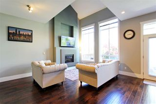 Photo 2: 18 2453 163 Street in Surrey: Grandview Surrey Townhouse for sale (South Surrey White Rock)  : MLS®# R2391603