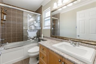 Photo 14: 7409 124 Street in Surrey: West Newton House for sale : MLS®# R2396946