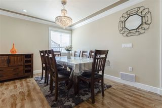 Photo 6: 7409 124 Street in Surrey: West Newton House for sale : MLS®# R2396946