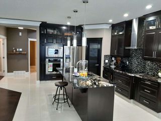 Photo 2: 2549 AMERONGEN Crescent in Edmonton: Zone 55 House for sale : MLS®# E4179553