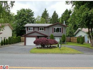 Photo 1: 20441 GUILFORD DRIVE in Abbotsford: Home for sale