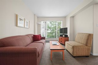 Photo 2: 305 910 BEACH AVENUE in Vancouver: Yaletown Condo for sale (Vancouver West)  : MLS®# R2459632