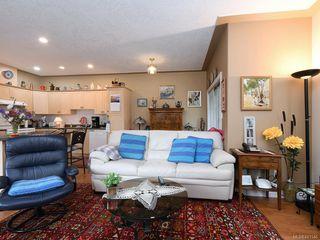 Photo 11: 1 3338 Whittier Ave in Saanich: SW Rudd Park Row/Townhouse for sale (Saanich West)  : MLS®# 841546