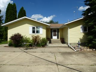 Photo 1: 1 HORNER Drive: Rural Sturgeon County House for sale : MLS®# E4205517