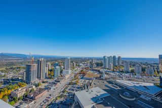 Photo 14: 3911 4670 ASSEMBLY Way in Burnaby: Metrotown Condo for sale (Burnaby South)  : MLS®# R2498364