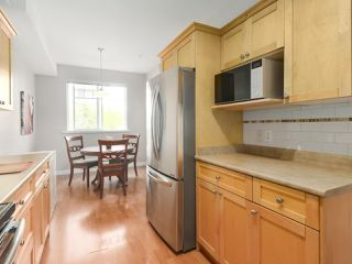 """Photo 10: 203 1567 GRANT Avenue in Port Coquitlam: Glenwood PQ Townhouse for sale in """"The Grant"""" : MLS®# R2513303"""