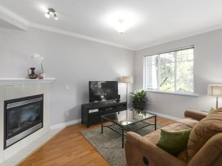 """Photo 3: 203 1567 GRANT Avenue in Port Coquitlam: Glenwood PQ Townhouse for sale in """"The Grant"""" : MLS®# R2513303"""