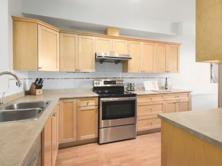 """Photo 9: 203 1567 GRANT Avenue in Port Coquitlam: Glenwood PQ Townhouse for sale in """"The Grant"""" : MLS®# R2513303"""