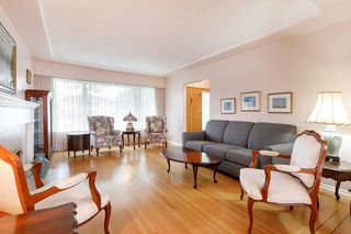 Photo 6: 3825 DUNDAS Street in Burnaby: Vancouver Heights House for sale (Burnaby North)  : MLS®# R2517776