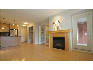 Photo 4: 323 22 RICHARD Place SW in CALGARY: Lincoln Park Condo for sale (Calgary)  : MLS®# C3527622