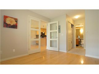 Photo 2: 323 22 RICHARD Place SW in CALGARY: Lincoln Park Condo for sale (Calgary)  : MLS®# C3527622