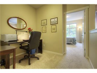 "Photo 7: 114 2336 WHYTE Avenue in Port Coquitlam: Central Pt Coquitlam Condo for sale in ""CENTREPOINTE"" : MLS®# V973270"
