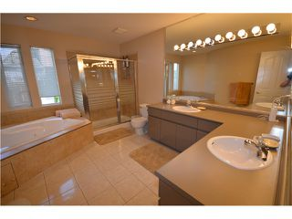 "Photo 8: 31 788 CITADEL Drive in Port Coquitlam: Citadel PQ Townhouse for sale in ""CITADEL BLUFFS"" : MLS®# V980289"
