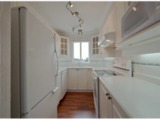 "Photo 3: PH8 1588 BEST Street: White Rock Condo for sale in ""THE MONTEREY"" (South Surrey White Rock)  : MLS®# F1308134"