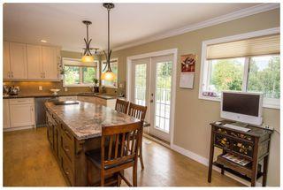 Photo 2: 2245 Northeast 24 Avenue in Salmon Arm: Appleyard House for sale (NE Salmon Arm)  : MLS®# 10087349