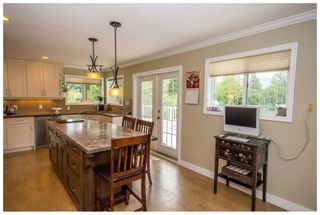 Photo 7: 2245 Northeast 24 Avenue in Salmon Arm: Appleyard House for sale (NE Salmon Arm)  : MLS®# 10087349