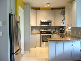"""Photo 2: 11 1200 EDGEWATER Drive in Squamish: Northyards Townhouse for sale in """"EDGEWATER"""" : MLS®# V1081846"""