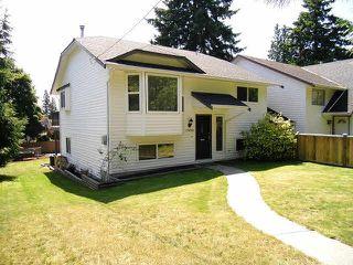 Photo 1: 13484 16TH Avenue in Surrey: Crescent Bch Ocean Pk. 1/2 Duplex for sale (South Surrey White Rock)  : MLS®# F1421818