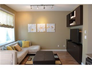 Photo 8: # 1 688 EDGAR AV in Coquitlam: Coquitlam West Condo for sale : MLS®# V1123542