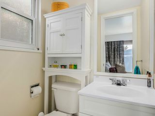 Photo 8: 670 E 13TH AV in Vancouver: Mount Pleasant VE House for sale (Vancouver East)  : MLS®# V1140453